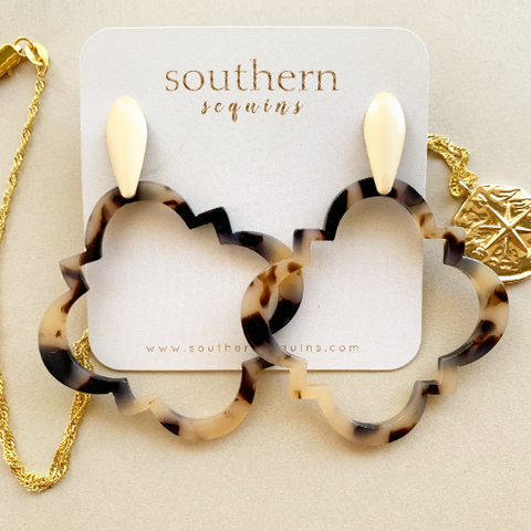 Acetate Tortoiseshell Quatrefoil Hoop Earrings