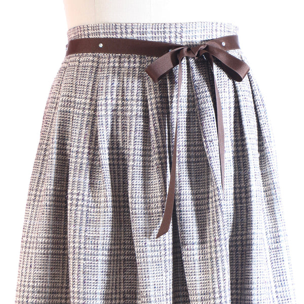 Plus Size Plaid Silk Pleated Skirt