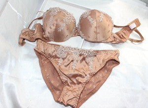 Embroidery Bra Set Palace Lingerie [4918381892]