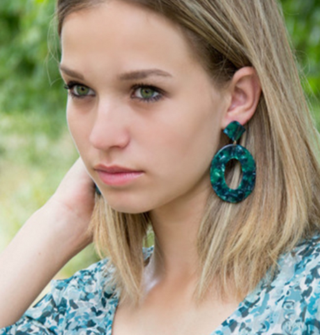 Fashion trend acrylic earrings [4264582611016]