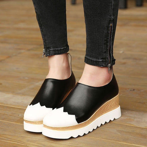 Women Classical Shoe On Sale