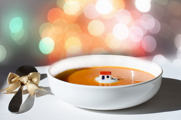 Holiday season porcelain pumpkin soup bowl