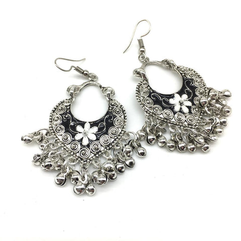 White and Black Color Alloy Light Weight Earring - 1403NE02-w