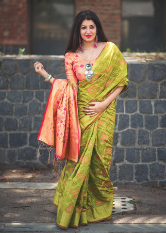 Bird Green Color Patola Silk Women's Saree - 31773