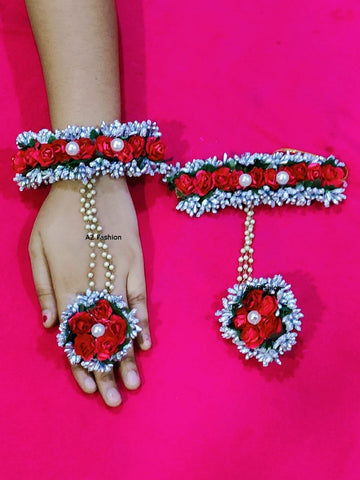 Red Color Artificial Flowers and Beads Women's Hathphool - A2350550FHP2