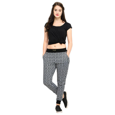 Black Color Cotton And Polyster Women's Jogger Pants - AY-350WmnBlkSquareTriangle