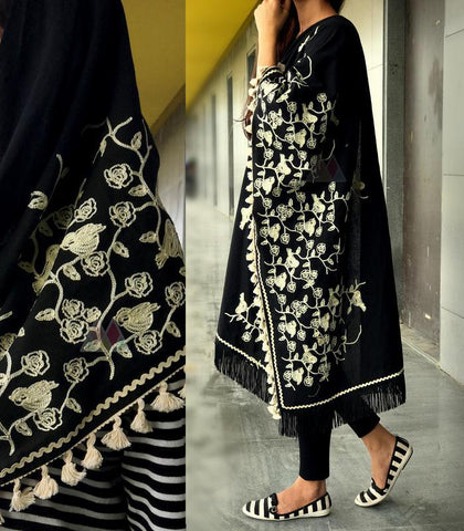Black Color Pure Khadi And Linen Dupatta - MF905