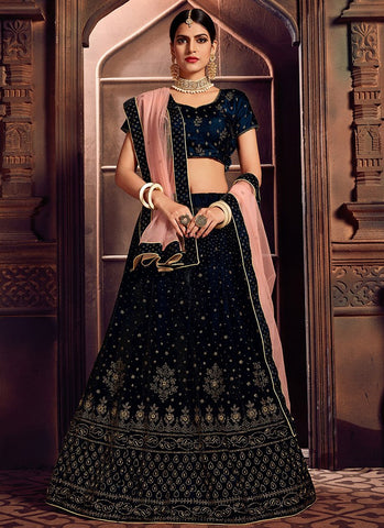 Black Color Velvet Women's Semi-Stitched Lehenga - RS2476