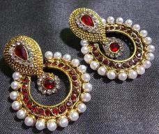 Golden and Maroon Color Earring