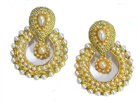 Golden and Off White Color Earring - SMCE56