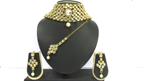 White Color Kundan and Alloy Chokker Necklace Set - SMCN1012