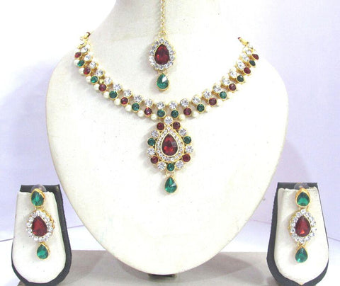Maroon and Green Color stone Pendant Yeshwani Necklace Set - SMCN1159