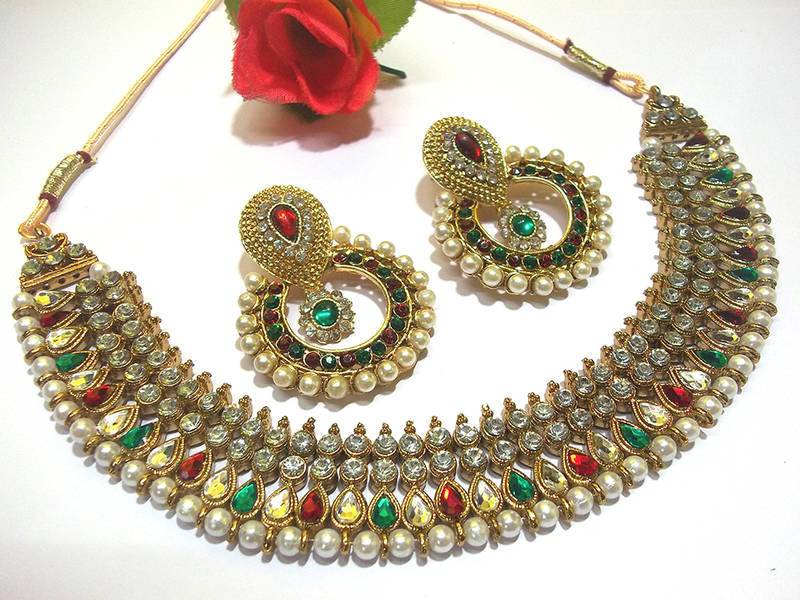 Golden and Multi Color Necklace Set
