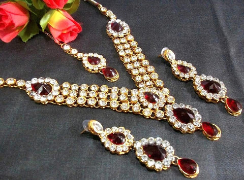 Maroon and White Color Alloy Necklace Set - SMCN29