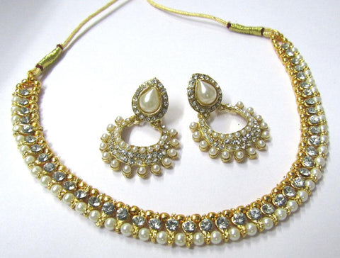 Golden and OffWhite Color Alloy Necklace Set - SMCN972