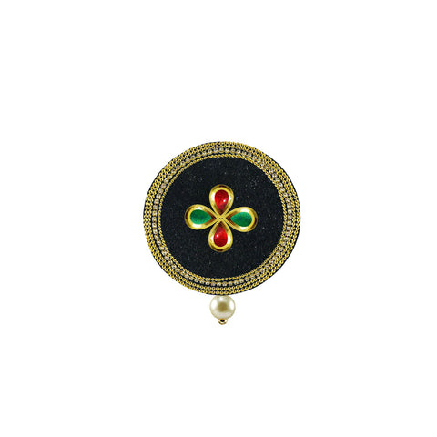 Black Color Brass Stone Stud-Gold Platted Brooch - bro1504