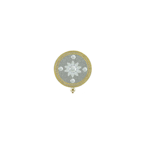 White Color Brass Kunudan Stud-Gold Platted Brooch - bro1634