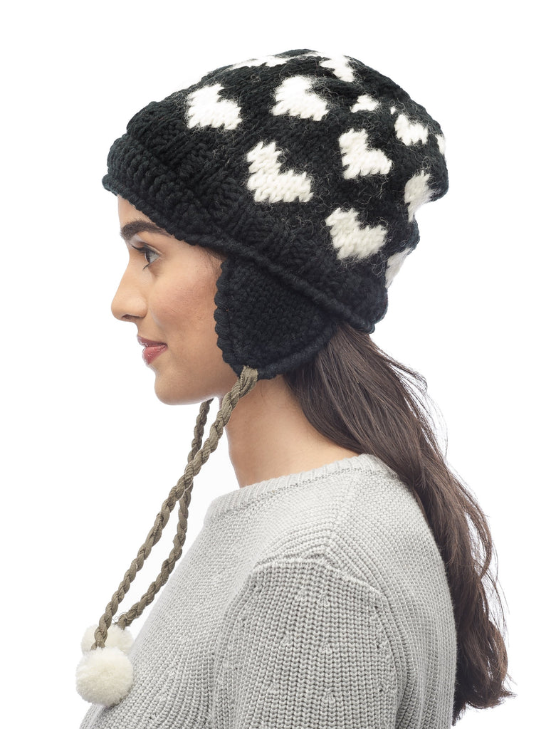 Knit beanie in Black| color