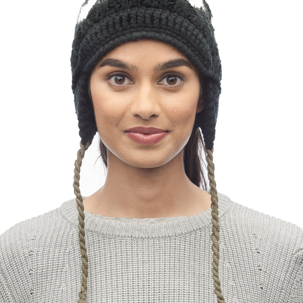 Knit beanie in Black | color