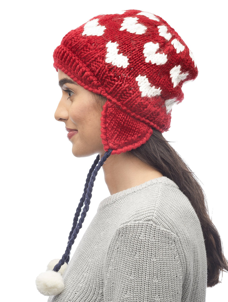 Knit beanie in Red| color