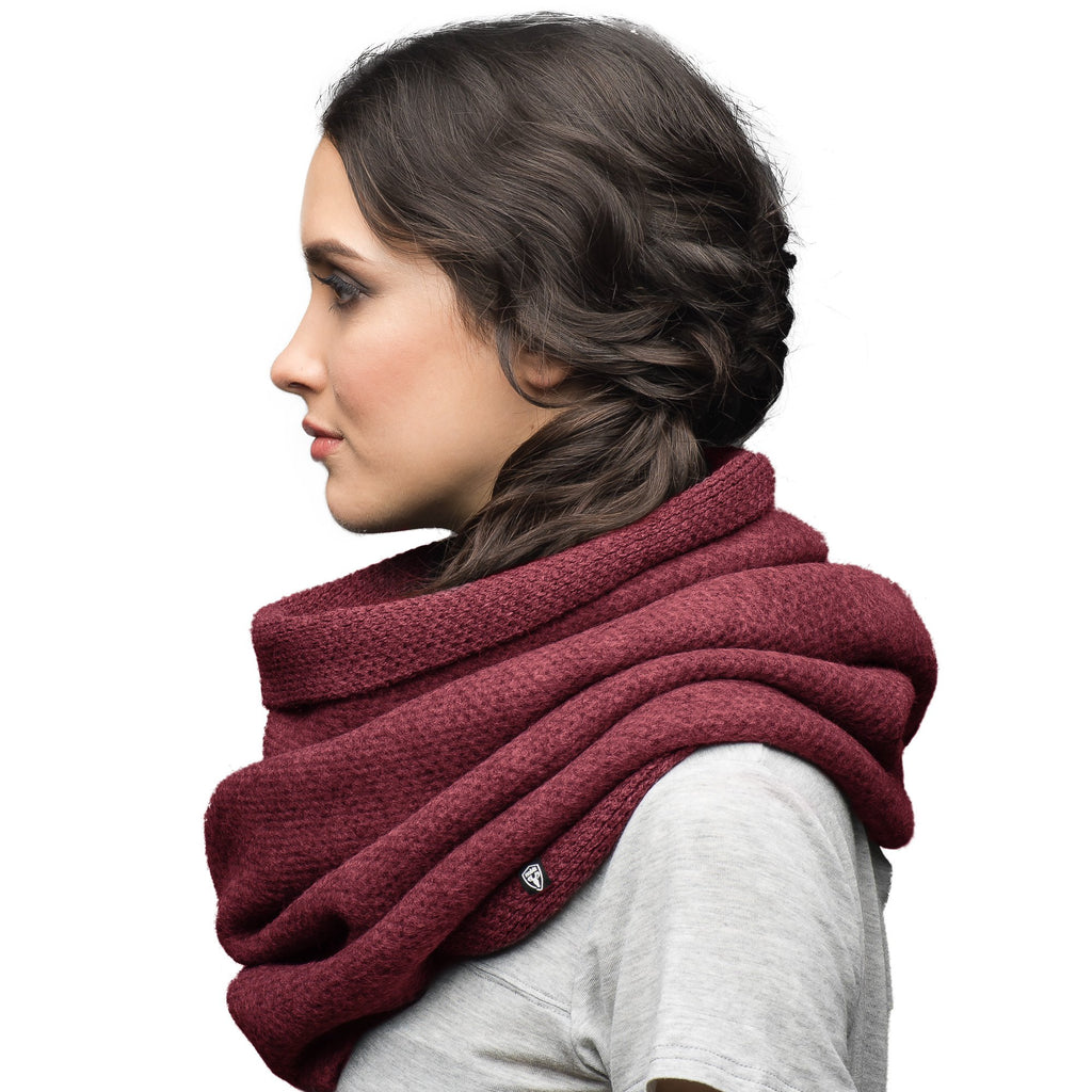 Infinity style loose knit scarf in Red | color