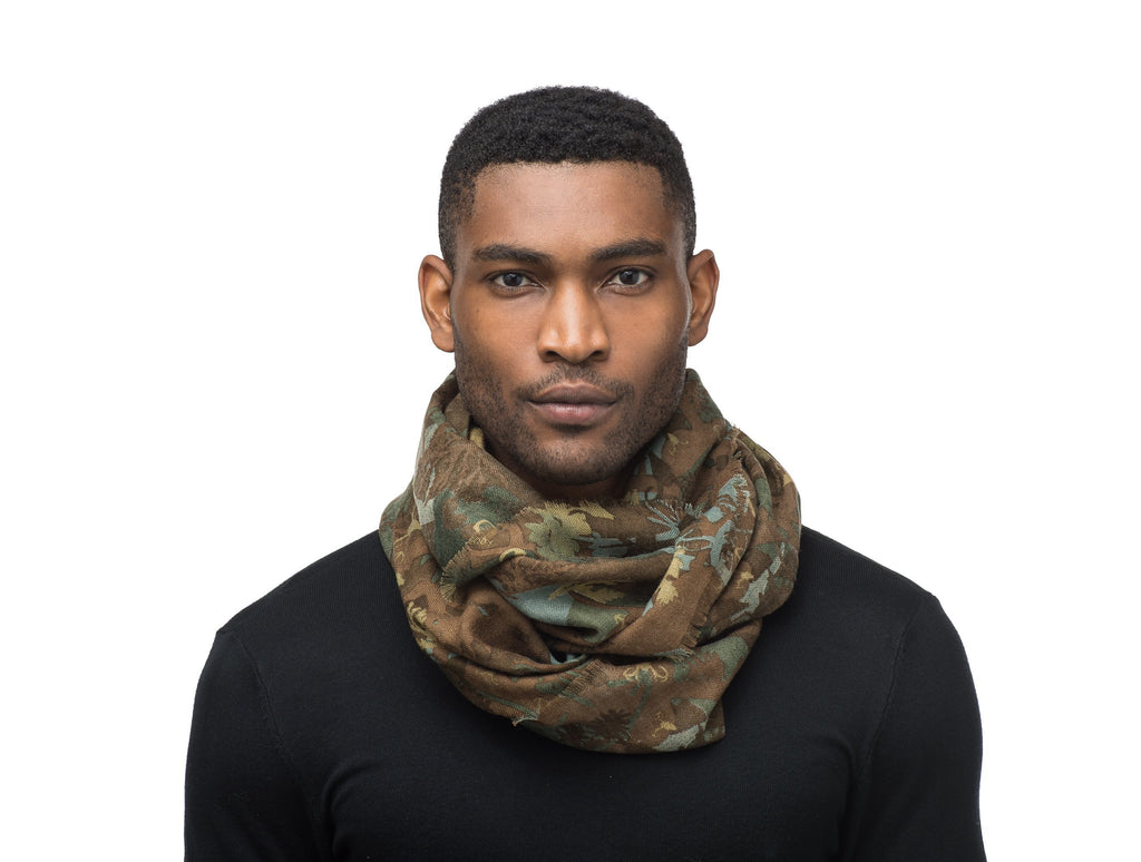 Circular loop Camo scarf | color