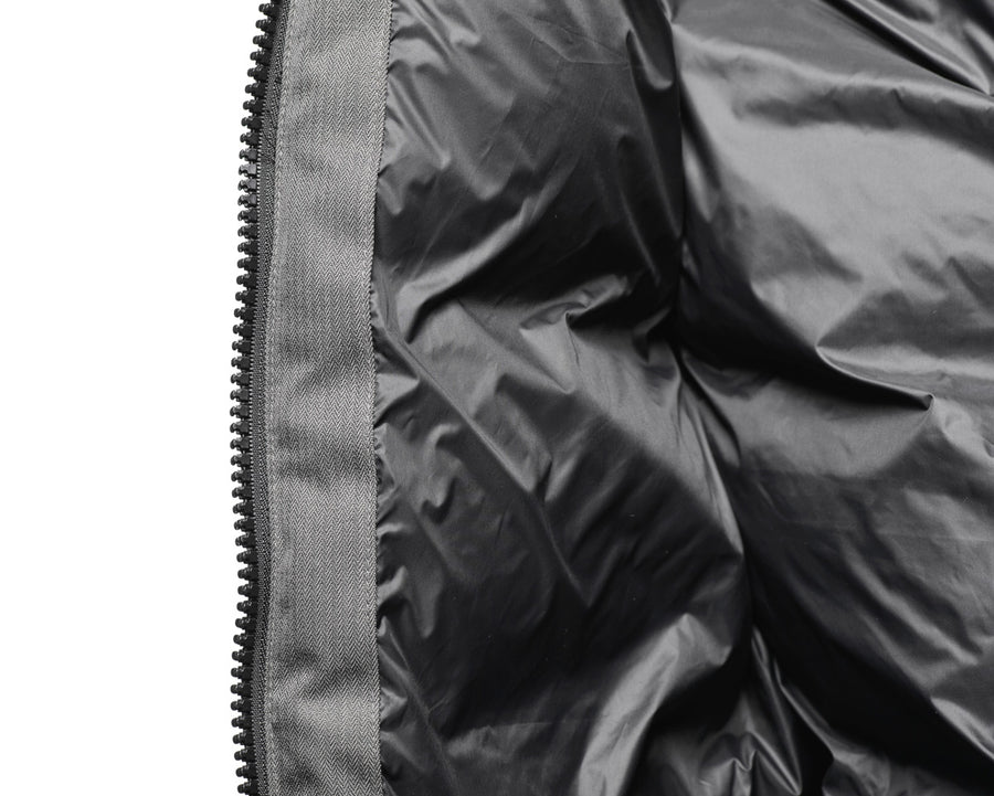 Highly breathable down proof free handling liner