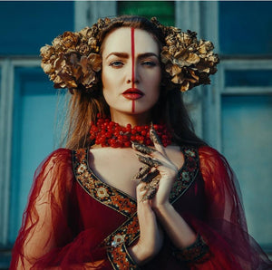 Katerina Klio, Russian based Fine Art and Fashion Photographer, talks to Train Wreck Cosmetics about her work, influences and upcoming shoots.