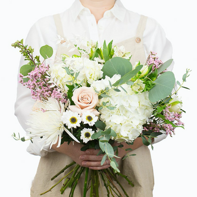 Deluxe White Bouquet