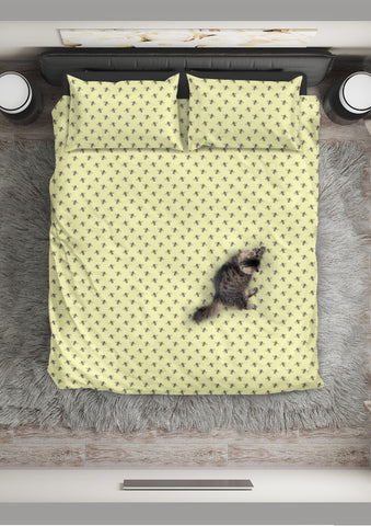 Honey Bees Design #1 Duvet Cover Set (Light Yellow, Black Underside) - FREE SHIPPING