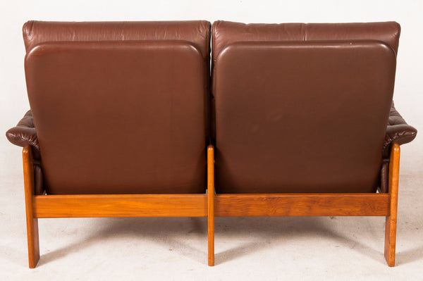 Skippers Møbler Leather Loveseat