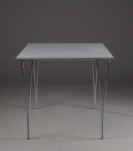 Table featurine elliptical legs, Arne Jacobsen, Matthson and Hein  Produced by Fritz Hansen.