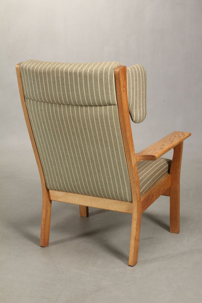 Hans J. Wegner Wing Chair