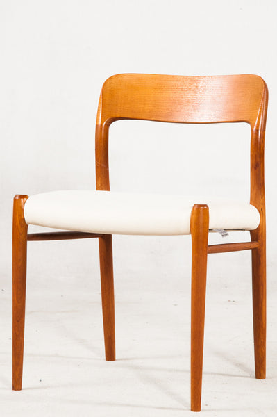 Niels O. Moller Dining Chairs. Model 75.