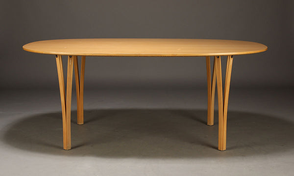 Superellipse Dining Table by  Hein&Mathsson