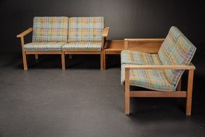 Oak Armchairs and side table set designed by  Ole Gjerløv Knudsen & Torben Lind,