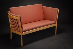 Beech Sofa with Light Red Cushions by Erik Jorgensen