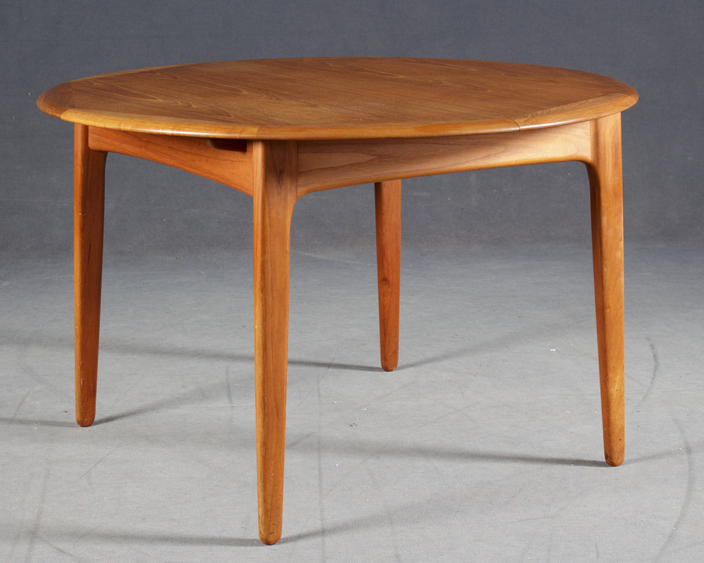 Round Teak Dining Table With Butterfly Leaves Mostly Danish Furniture Ottawa