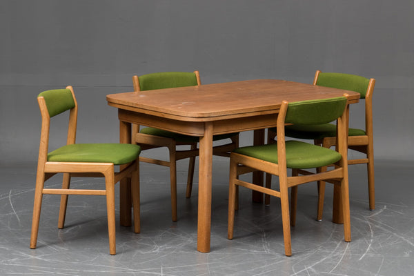 Oak Dining Table with Extension Leaves