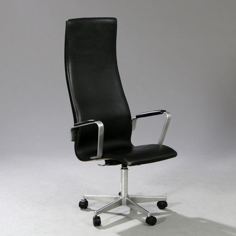 Arne Jacobsen Oxford Office chair in Black Leather