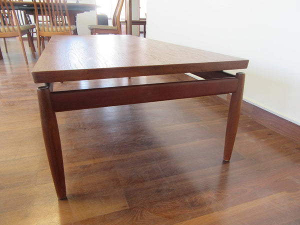 Teak Coffee Table Greta Jalk
