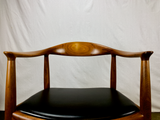 Hans Wegner JH 503 'Round Chair' in Teak and Leather