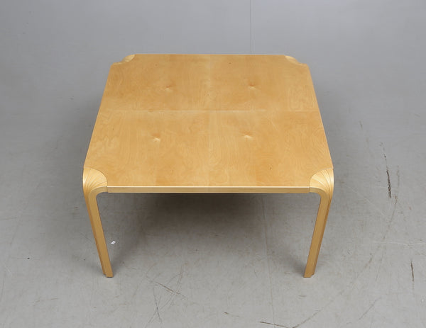 Coffee Table by Alvar Aalto