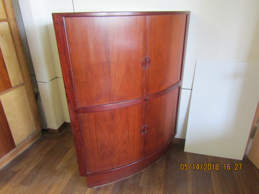 Rosewood Corner Cabinet With Mirrored Bar And Melamine Shelf And