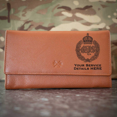 Queens Bays Leather Purse
