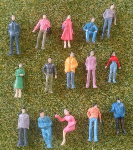 1:100 Scale Painted Figures - Pack of 25, 50 or 100