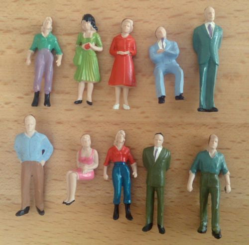 1:50 Scale Painted Figures - Pack of 10, 25 or 50