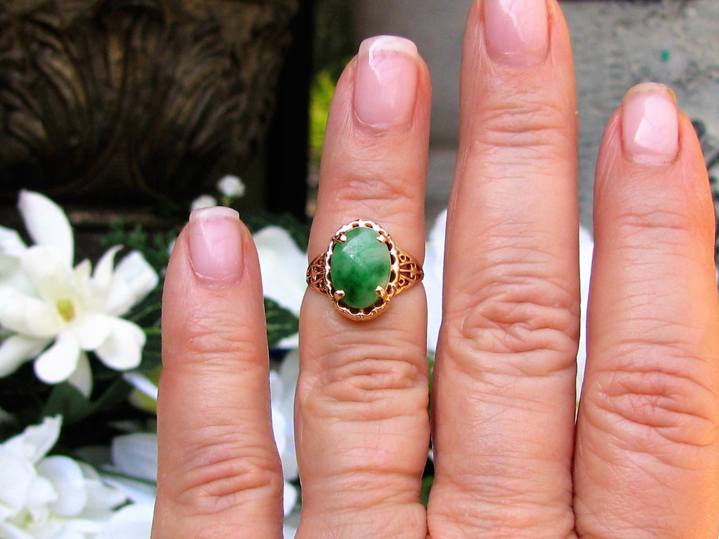 Vintage Oval Cabochon Nephrite Jade Ring 14K Yellow Gold Filigree ...