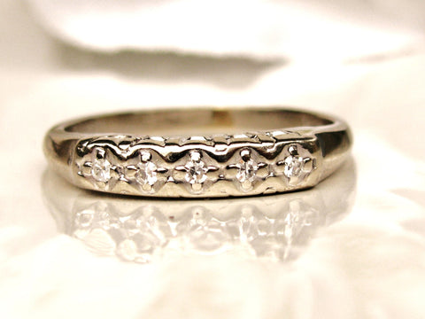 Vintage Keepsake Petite Diamond Wedding Ring 14K White Gold Ladies Wedding Band Stackable Diamond Ring Size 5!