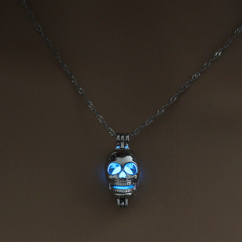 Zapps Glow In Dark Skull Necklace